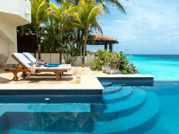 Vacation Rentals in Saba Island